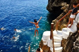 Ariel's Point Cliff Jumping